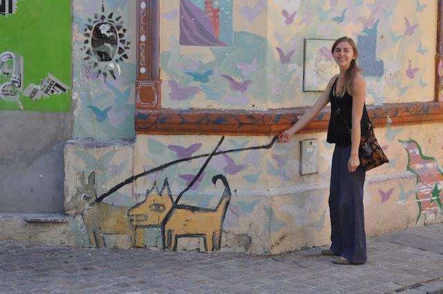 Tava & mural dogs